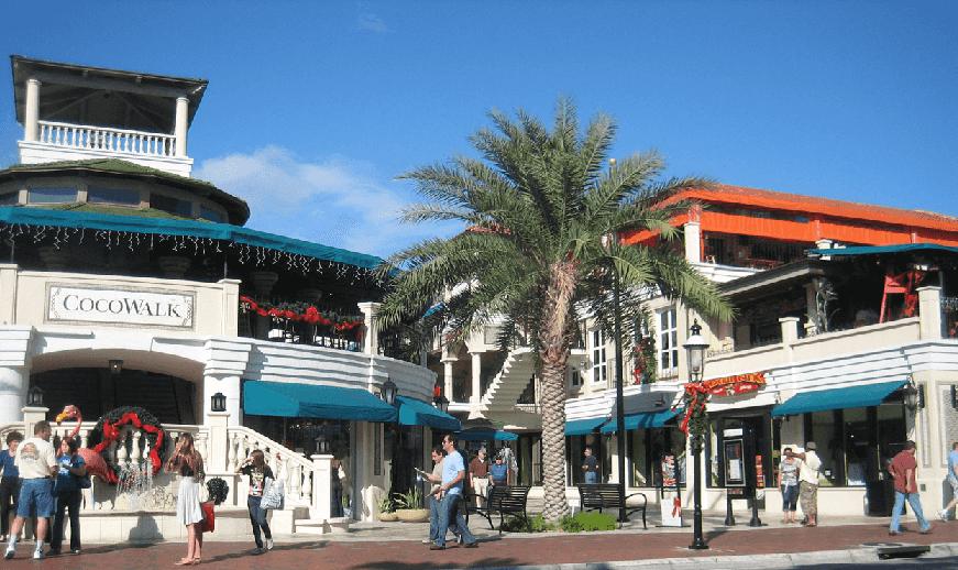 Hospedagem e compras em Coconut Grove em Miami