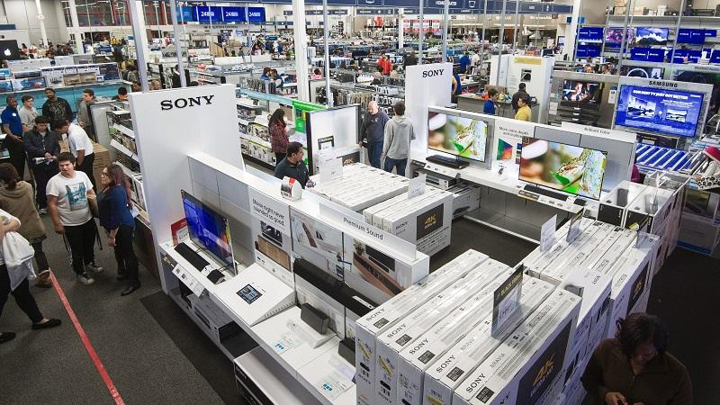 Compras nas lojas de eletrônicos Best Buy em Miami